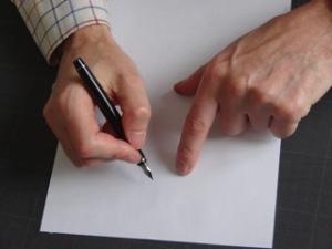 Ecrire main d'homme